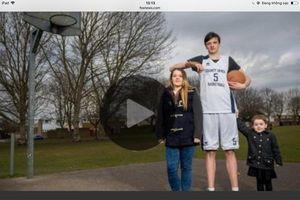 Người trẻ nhất cao nhất thế giới là chàng trai 16 tuổi người Anh