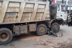 Huế: Va chạm với xe tải, người phụ nữ tử vong tại chỗ