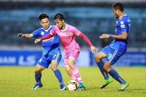 HLV Hoàng Văn Phúc: 'Quảng Nam luôn gặp khó khi thi đấu ngày khai mạc trên sân nhà'