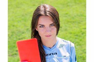 Gặp gỡ Karolina Bojar - nữ trọng tài quyến rũ nhất thế giới