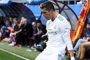Cristiano Ronaldo lập cú đúp, Real Madrid thắng nhọc trước Eibar