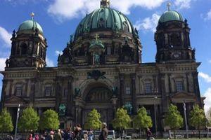 Muốn thăm một Châu Âu cổ kính, thanh lịch, bạn nhất định phải tới thành phố xinh đẹp này