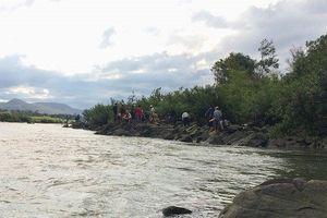 Tìm thấy thi thể hai học sinh đuối nước
