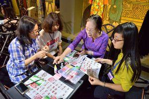 Giao lưu nghệ thuật Việt - Nhật 'Áo dài và hoa vải Tsumami'