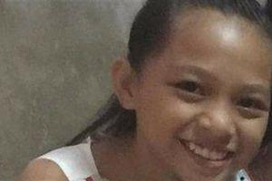 Bé gái mất tích, quần áo được tìm thấy 4 nơi