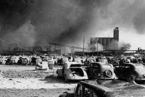 Vụ hỏa hoạn thế kỷ khi 'quả lựu đạn' 10.000 tấn phát nổ