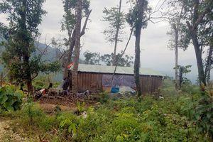 Phóng viên bị lột đồ, giam lỏng ở Khánh Hòa