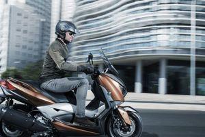Yamaha tung 'hàng khủng' XMax 2508 cạnh tranh Honda Forza 300