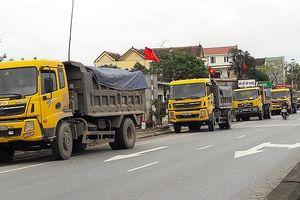 Quảng Bình: Kiểm soát tải trọng xe, trên quyết liệt, dưới phớt lờ?