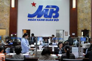 Vợ TGĐ Viettel Nguyễn Mạnh Hùng muốn bán cổ phiếu Ngân hàng Quân đội