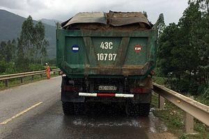 Quảng Nam: Đã vi phạm, tài xế xe tải còn tỏ thái độ đe dọa CSGT