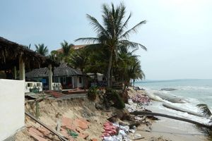 'Thủ đô resort' tan hoang do bị biển xâm thực