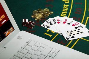 Bóc mẽ chiêu đổi tiền ảo lấy tiền thật của các 'sòng bạc online'