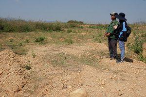 Cho mượn đất khai thác vàng, người dân mòn mỏi chờ hoàn đất