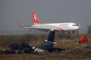 Tìm thấy hộp lưu dữ liệu của máy bay gặp nạn tại Nepal