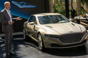 Sếp Aston Martin chê xe Rolls-Royce cổ lỗ sĩ