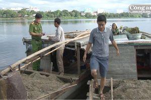 Khai thác cát sỏi trái phép trên sông Hương: Tái diễn phức tạp