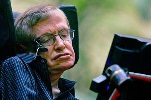 Nhà vật lý Stephen Hawking qua đời ở tuổi 76