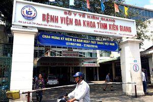 Kiên Giang: Cảnh cáo bác sĩ khoa Lao đuổi bệnh nhân về nhà