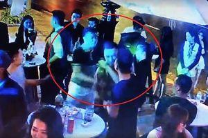 Xác minh các đối tượng hành hung phóng viên tại quán bar