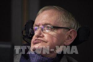'Điều phi thường' Stephen Hawking