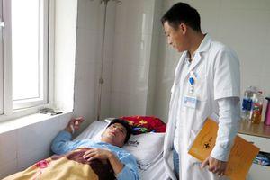 Nghệ An: Phạt học sinh, thầy giáo bị phụ huynh hành hung