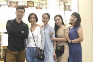 Nghệ sĩ Hương Dung: 'Tôi dạy con bằng tinh thần thép'