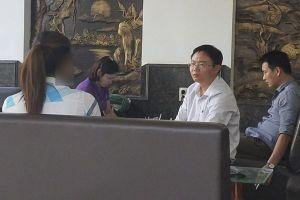 Vụ hàng trăm giáo viên dư dôi tại Đắk Lắk: Chung chi mới vào biên chế?
