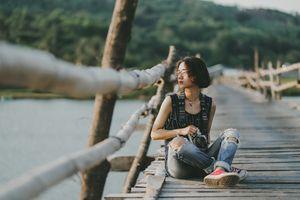 Cô gái 18 tuổi người Phú Yên gây xúc động với ca khúc Sài Gòn tôi mưa