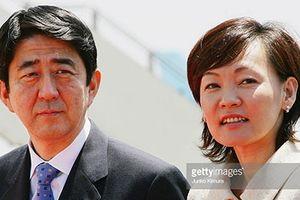 Nhật Bản: Bê bối đe dọa chiếc ghế quyền lực của Thủ tướng Abe
