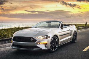 Ford Mustang mui trần phiên bản California đầy sang chảnh