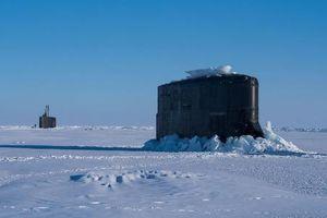 Tàu ngầm Mỹ thi nhau 'đội băng' ở Bắc Cực, Nga cười nhạt