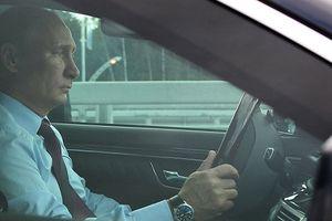 Ông Putin tiết lộ suýt làm tài xế taxi
