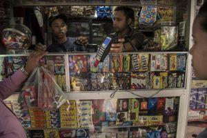 Siêu lạm phát Venezuela: Giăm bông, giày dép giá triệu bolivar