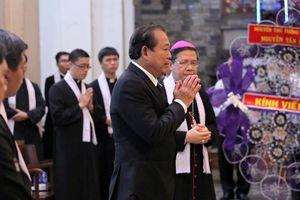 Phó thủ tướng Trương Hòa Bình viếng cố Tổng Giám mục Phaolô Bùi Văn Đọc
