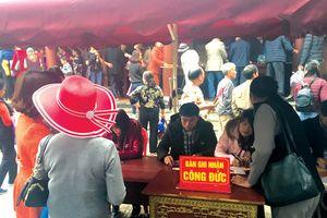 Có hay không chuyện mất tiền công đức ở chùa Tây Thiên?