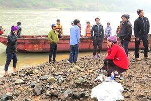 Đã tìm thấy 9 thi thể lao động bị đuối nước trên sông Hồng