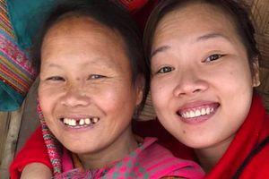 Mẹ qua đời, bé Pàng được cô gái Sài Gòn nhận làm con nuôi