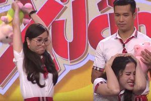 Lâm Vỹ Dạ 'đánh' Hari Won, Nam Em không nương tay tại 7 Nụ Cười Xuân