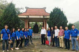 Đoàn thanh niên Báo điện tử Đảng Cộng sản Việt Nam hành trình về nguồn