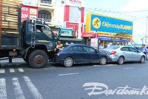 Quảng Nam: Xe tải gây tai nạn liên hoàn trên quốc lộ 1A