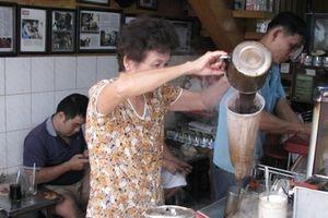 Cà phê 'vợt' ở đất Sài thành