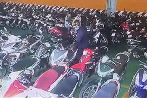 Cảnh sát đặc nhiệm 'lật mặt' gã quản lý cửa hàng trộm xe của khách