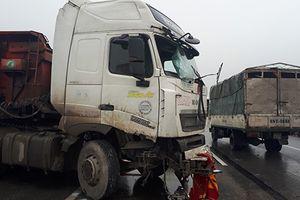 4 vụ tai nạn liên tiếp trên cao tốc Pháp Vân khiến 5 người tử vong