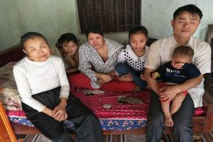 Thảm kịch của gia đình 6 người thì 5 người mù lòa, 1 người ung thư: 'Bây giờ tôi không sợ gì, chỉ sợ chết'
