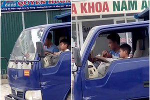 Clip: Chú dạy cháu 10 tuổi lái xe tải băng băng trên đường khiến nhiều người khiếp vía