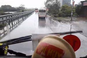 Nhiều phương tiện không chịu nhường đường trước khi xe PCCC gặp nạn trên cao tốc Pháp Vân - Cầu Giẽ