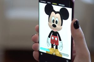Samsung và Disney hợp tác ra mắt biểu tượng cảm xúc AR Emoji cho Galaxy S9, S9+