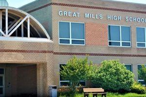 Xả súng tại trường học, 3 người bị thương