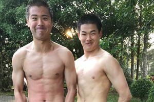 Cầu thủ trẻ Hàn Quốc khoe 'bụng 6 múi' tại Hàm Rồng